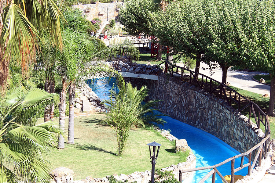 """Lazy river"" of Limnoupolis Water Park"