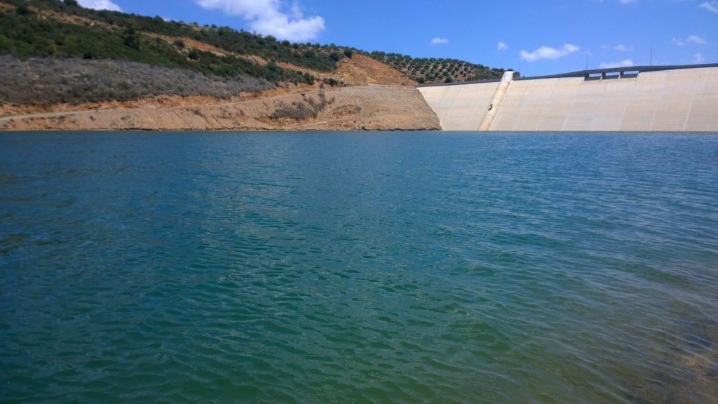 Valsamiotis Dam in Vatolakkos